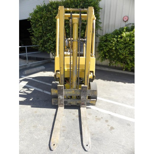 Yale G83C Forklift, Model G83C-050-SWSO-83, Serial P361892